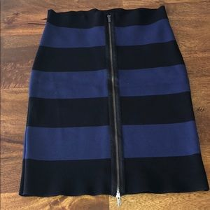 ✨BCBG MaxAzria body-con pencil skirt ✨